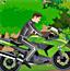 骑摩托车穿越森林